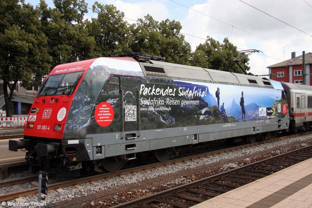 101 083-4 mit IC 2770  Schwarzwald  von Konstanz nach Hamburg-Altona im Bahnhof Singen aufgenommen am 22.07.2012
