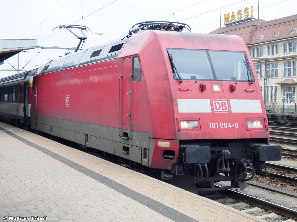 101 004-0 aufgenommen am 15.03.2015 im Bahnhof Singen (Hohentwiel)