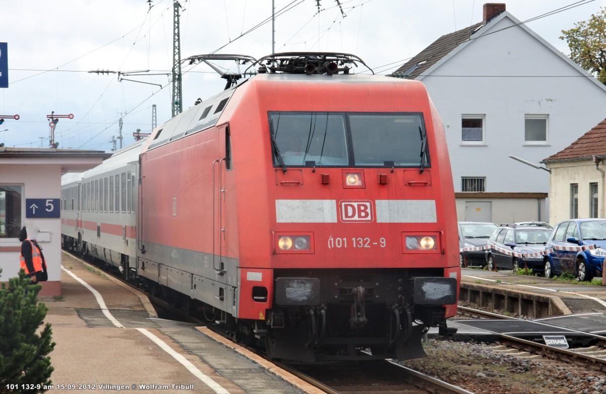 101 008-1 mit dem IC 2270  Schwarzwald  von Konstanz nach Greifswald aufgenommen im Bahnhof Villingen am 15.09.2012