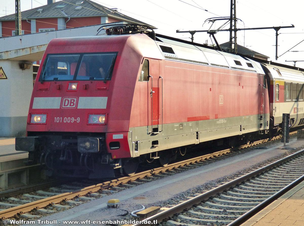 101 009-9 aufgenommen am 03.06.2017 im Bahnhof Singen (Hohentwiel)