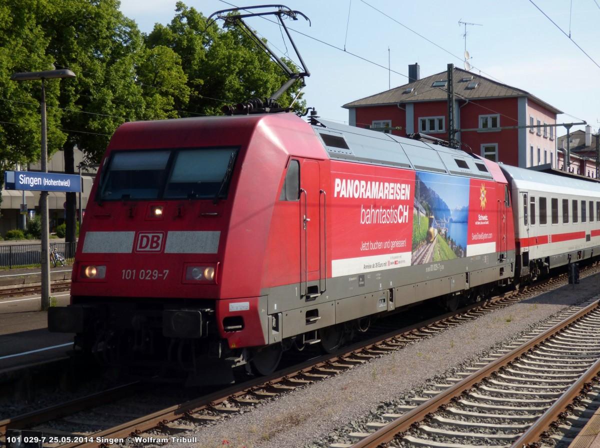 101 029-7 aufgenommen am 25.05.2014 als IC 2004  Bodensee  von Konstanz nach Emden Hbf im Bahnhof Singen (Hohentwiel)