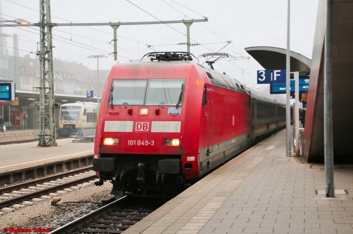 101 045-3 aufgenommen am 01.01.2016 im Hauptbahnhof Freiburg (Breisgau)