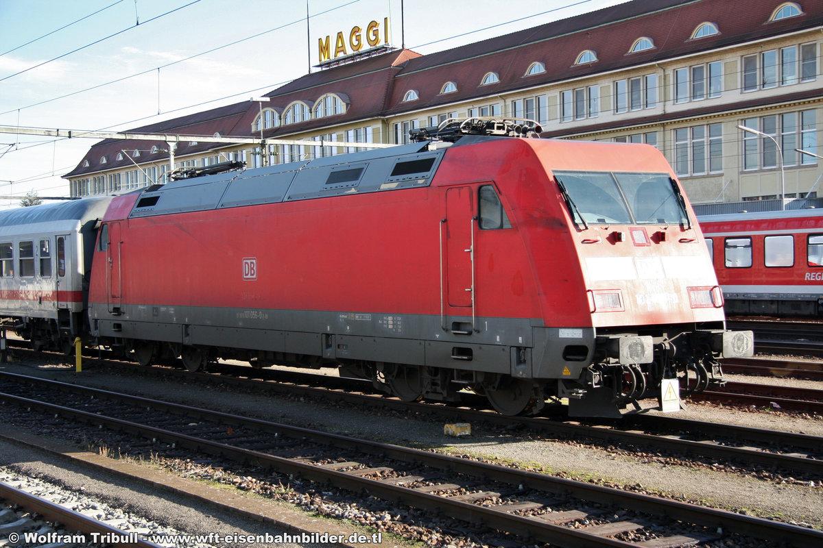 101 056-0 aufgenommen am 24.12.2012 im Bahnhof Singen (Hohentwiel)