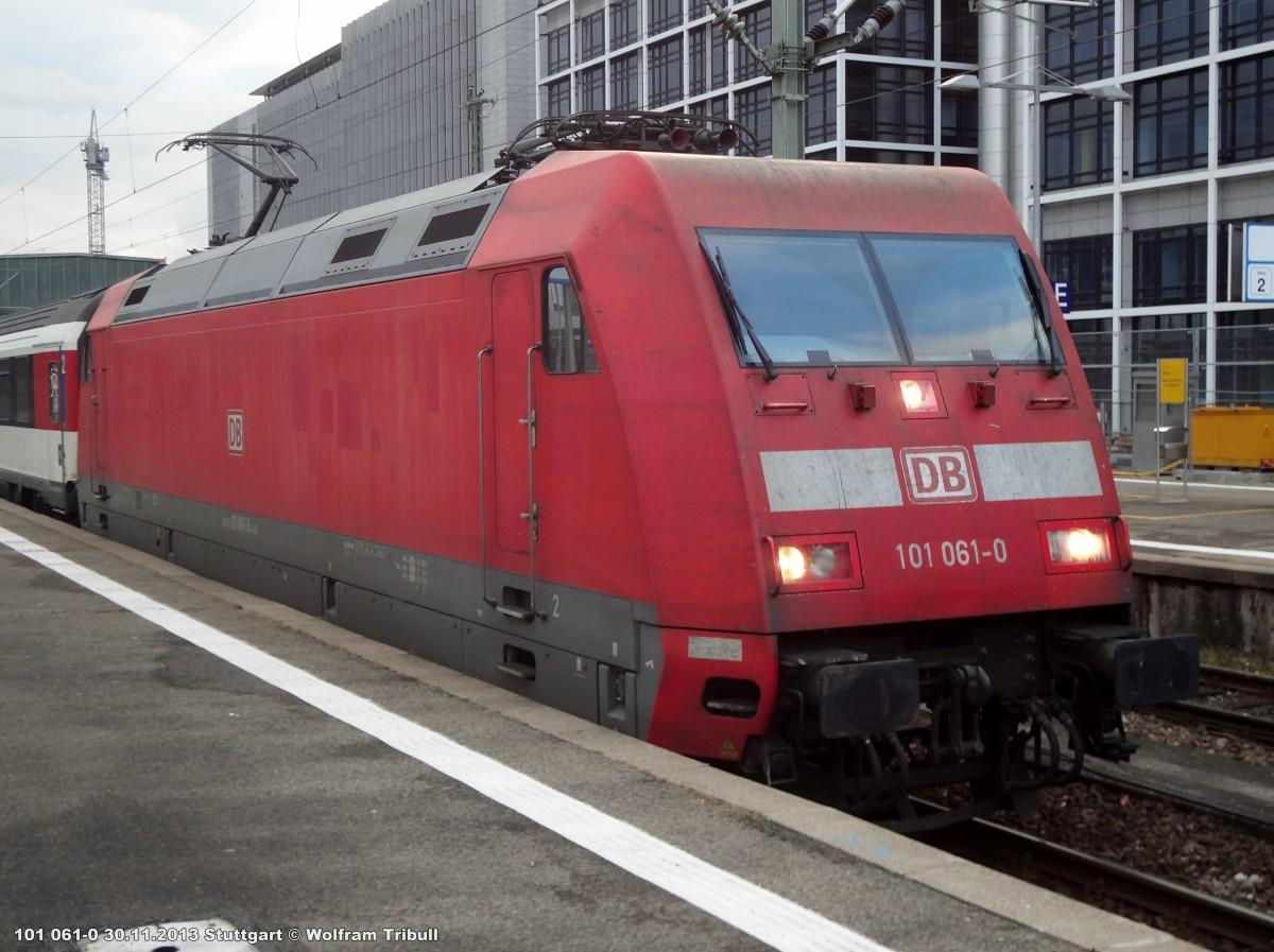 101 061-0 aufgenommen am 30.11.2013 im Hauptbahnhof Stuttgart