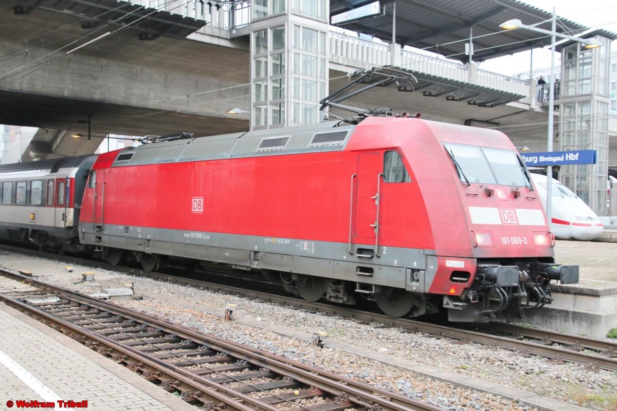 101 069-3 aufgenommen am 01.01.2016 im Hauptbahnhof Freiburg (Breisgau)