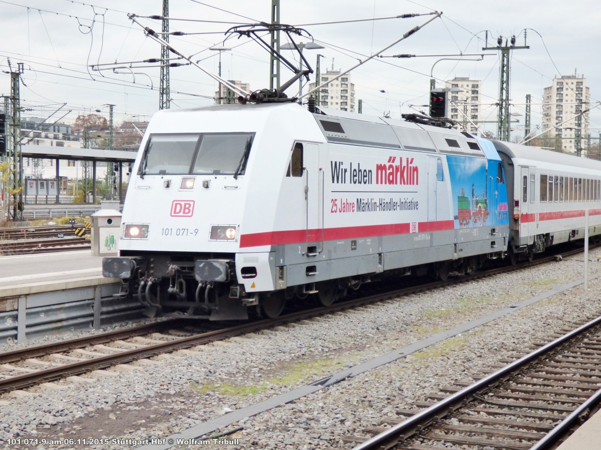 101 071-9 aufgenommen im Hauptbahnhof Stuttgart am 06.11.2015