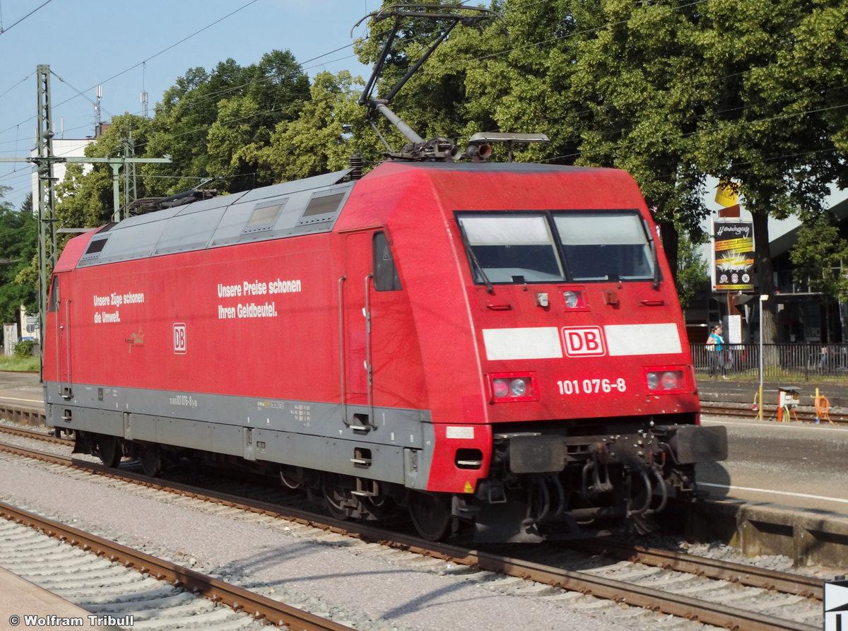 101 076-8 aufgenommen am 13.07.2013 im Bahnhof Singen