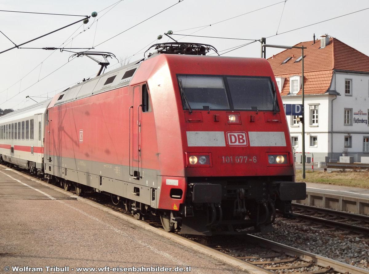 101 077-6 aufgenommen am 17.03.2012 im Bahnhof Donaueschingen