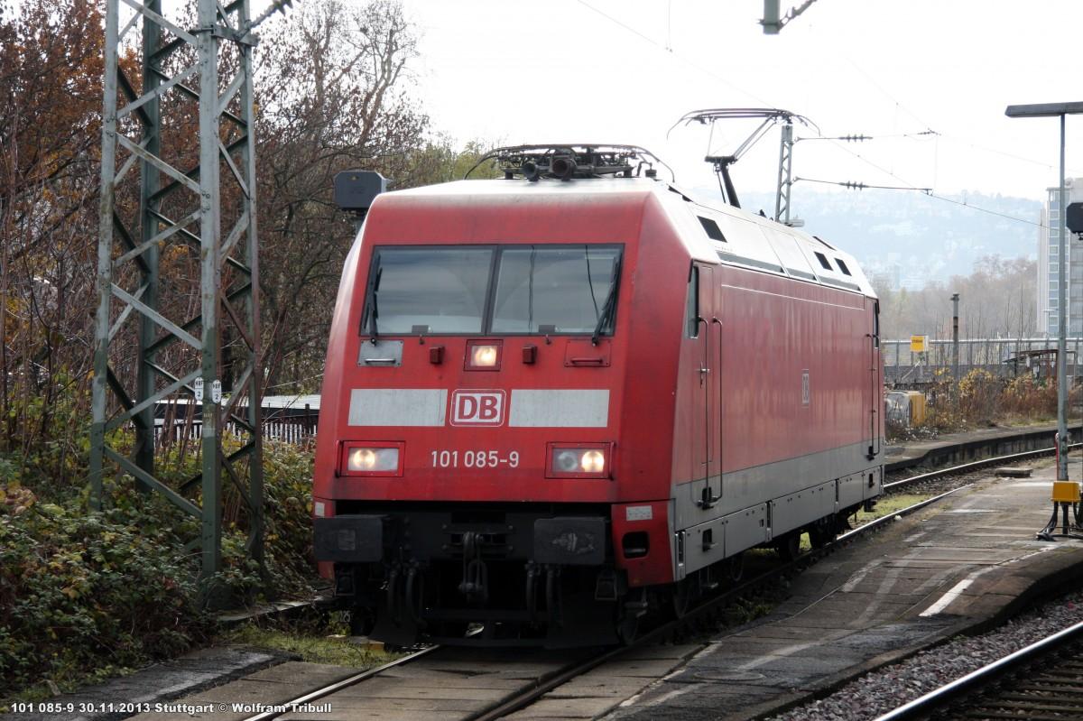 101 085-9 aufgenommen am 30.11.2013 im Hauptbahnhof Stuttgart