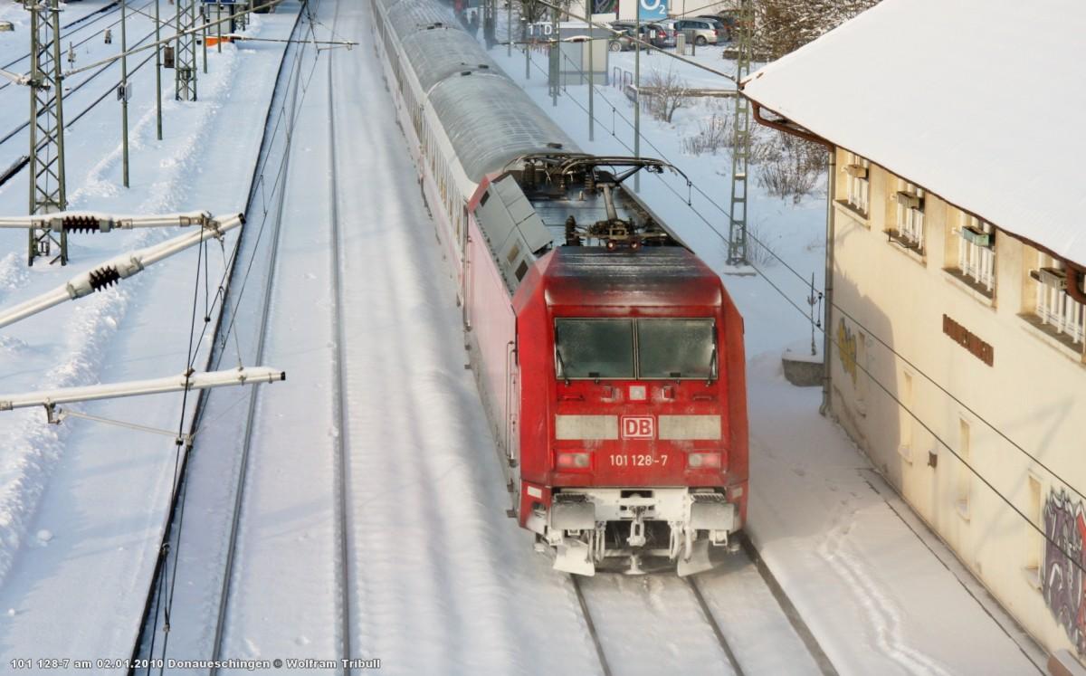 101 128-7 aufgenommen am 02.01.2010 im Bahnhof Donaueschingen
