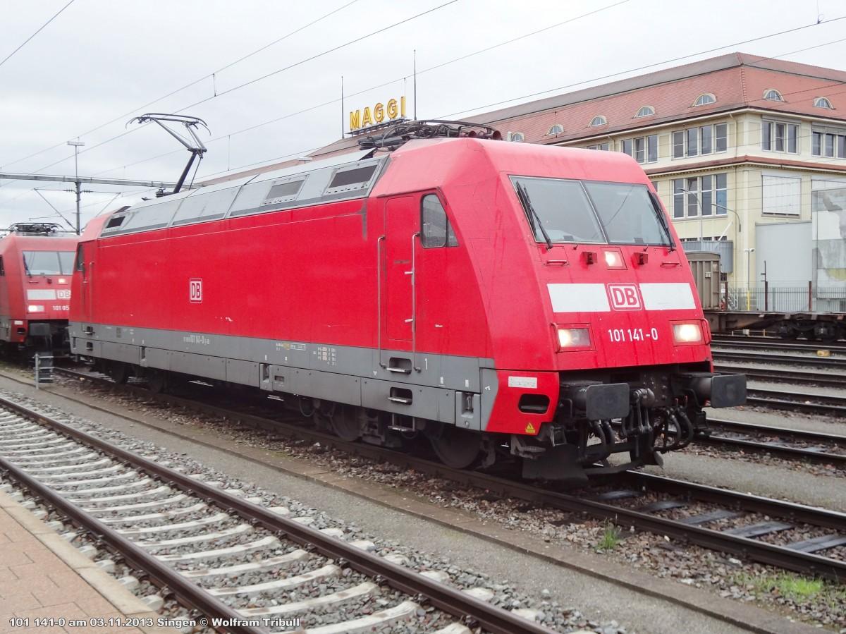 101 141-0 aufgenommen am 03.11.2013 im Bahnhof Singen (Hohentwiel)
