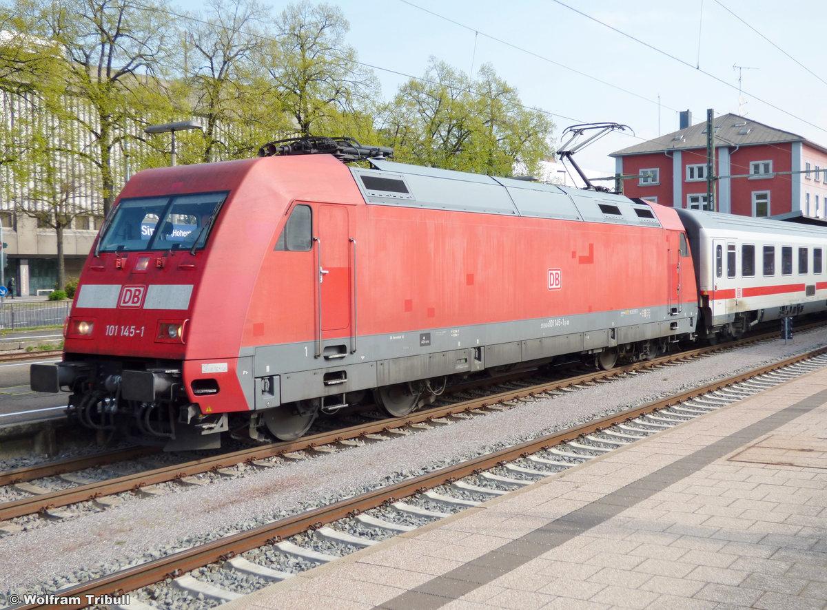 101 145-1 aufgenommen am 12.04.2014 im Bahnhof Singen